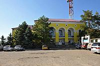 Винзавод Саук-Дере - центральный вход, административное здание